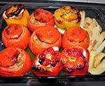 emistés ntomátes kai piperiés (Gevulde tomaten en paprika)